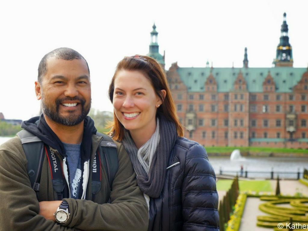 Skyroam_Global_WiFi_Hotspot_Couples_Travel_Tips_Europe_TravelTheWorld