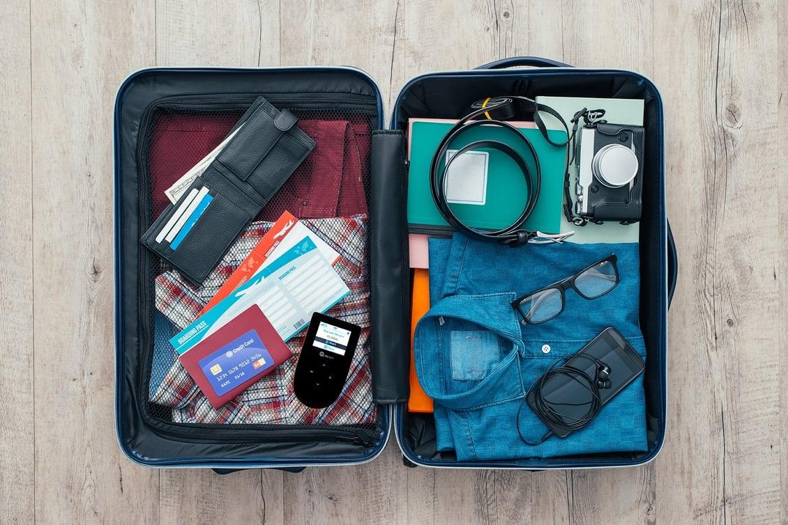 Skyroam_Hotspot_Business_Travel_Packing_Tips
